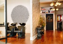 Barrow Salon at 256 Sutter St.